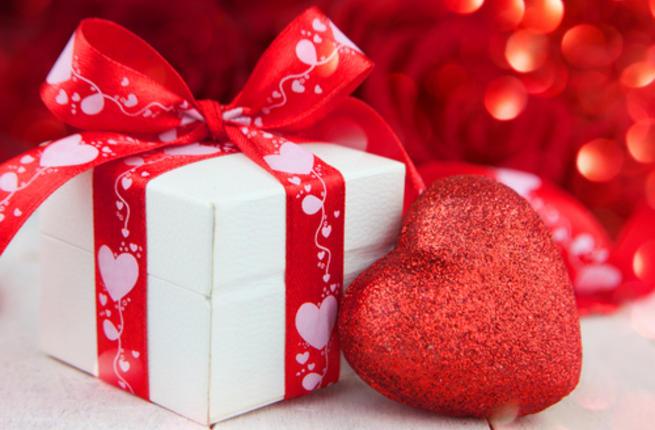 صوره صور هدايا عيد الحب , هدايا الاحتفال بعيد الحب