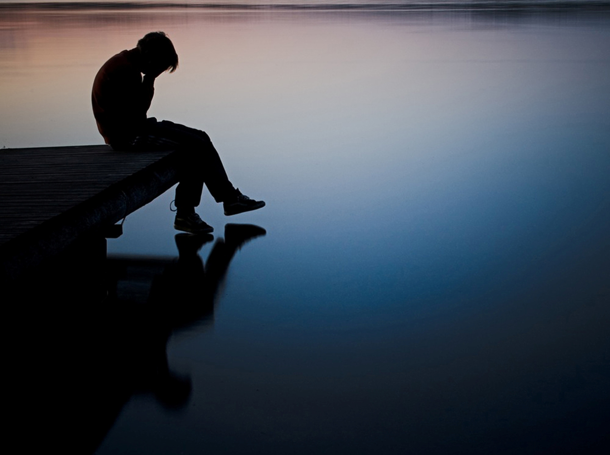 صور شخص حزين صور الحزن والالم حبيبي