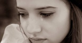 صوره صور بنت زعلانه , حزن العيون من ضمن مكنونات القلوب الجميلة
