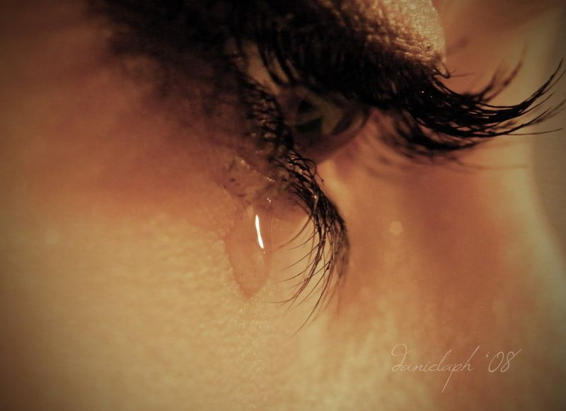 صورة صور عيون تدمع , صور حزينة مؤثره