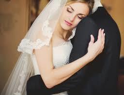 صورة حلمت اني عروس وانا عزباء , حلم ارتداء الفتاة العزباء لفستان العرس 2226 2