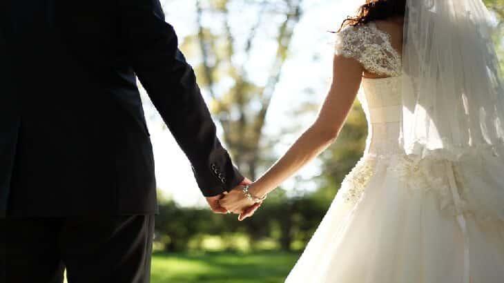 صورة حلمت اني عروس وانا عزباء , حلم ارتداء الفتاة العزباء لفستان العرس 2226