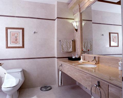 بالصور ديكورات حمامات بسيطة , احدث الصيحات فى ديكور الحمام 2549