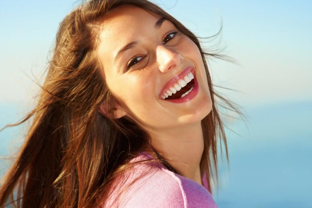 صور صور بنات بتضحك , اجمل صورة بنت مبهجة