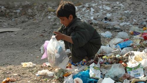 بالصور اسباب الفقر , العوامل المؤدية للفقر 1466 4