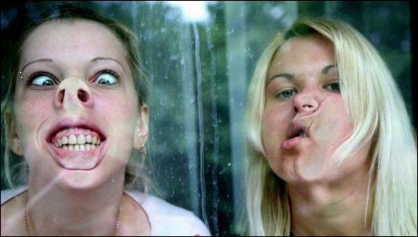 بالصور صور بنات مضحكه , صور تجنن من الضحك للبنات 1503