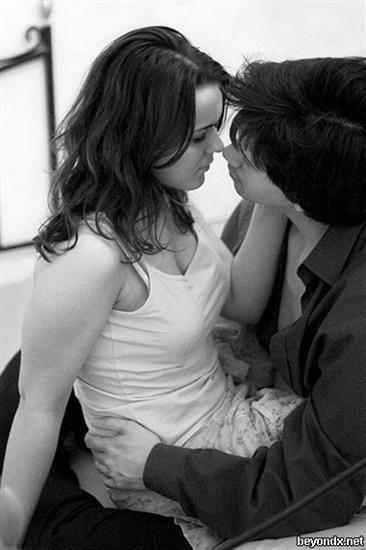 بالصور صور احضان وبوس , صور جديدة رومانسية مثيرة 2963 8