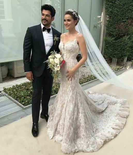 بالصور صور فساتين عرايس , اشيك واحلى فساتين زفاف وخطوبة