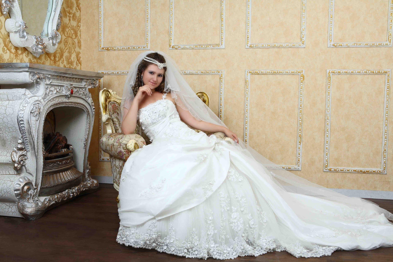 بالصور صور فساتين عرايس , اشيك واحلى فساتين زفاف وخطوبة 5826