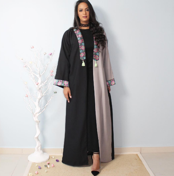 صورة عبايات اماراتية , العبايات الافخم والاكثر اناقه
