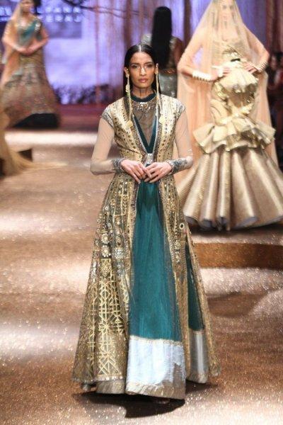بالصور ازياء هندية , موديلات ملابس هندى 4457 7
