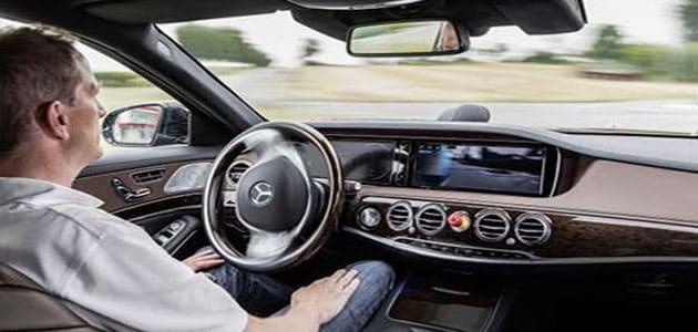 صور تفسير حلم ركوب السيارة مع شخص اعرفه , تفسيرة للعزباء والمطلقة