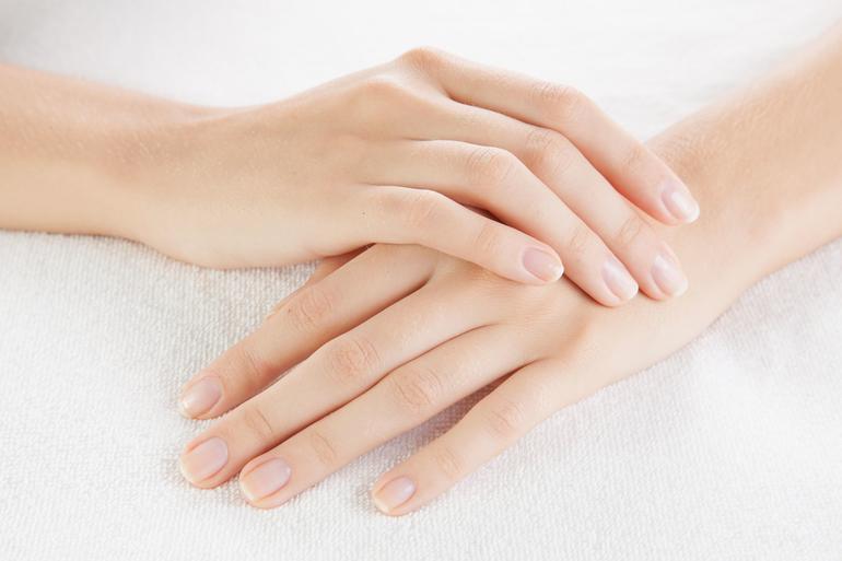 صورة خلطات تبيض اليدين , وصفات لتفتيح يديكي 397