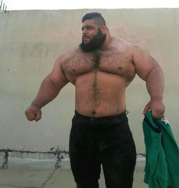 صورة اضخم رجل في العالم , تعرف على اكثر رجل ضخم الجسد