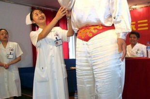 صور اطول امراة في العالم , من هى صاحبه الطول القياسي بالعالم